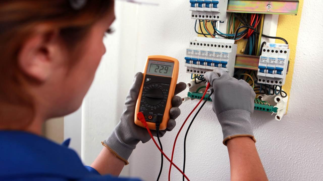 Volg de mbo-opleiding elektrotechniek bij Curio | Curio
